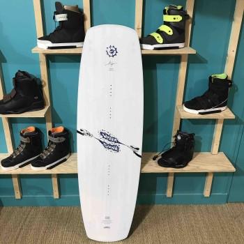 Wakeboard occasion Slingshot Watergunn 152cm 2019